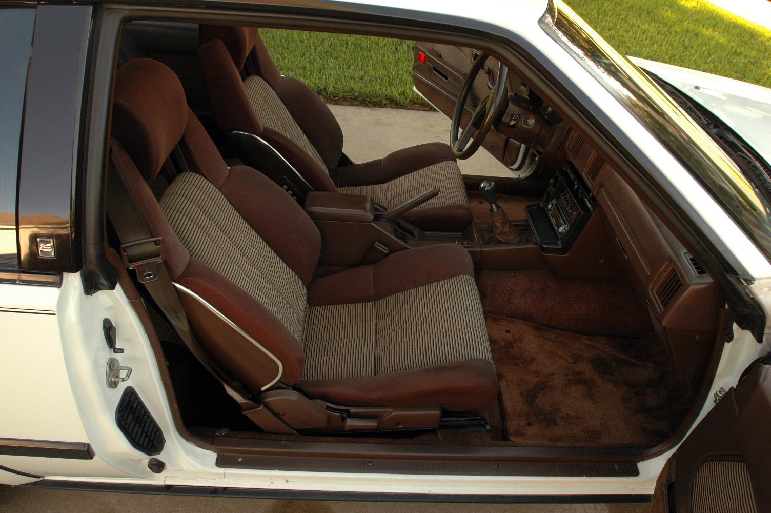 Batmanstoys Toyota Celica Gts 1983 6 479109 Bytes